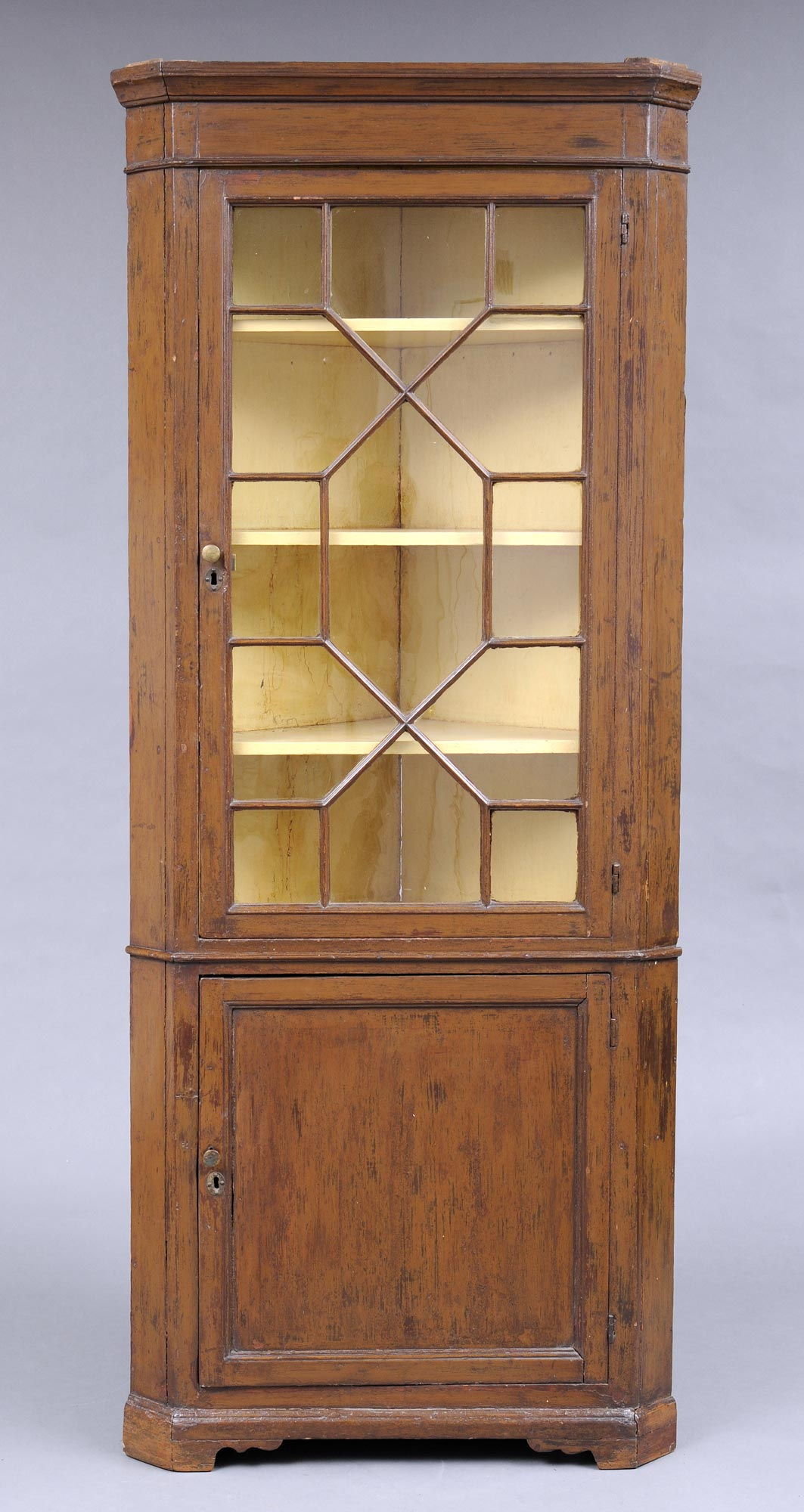 Product » English Pine Corner Cupboard