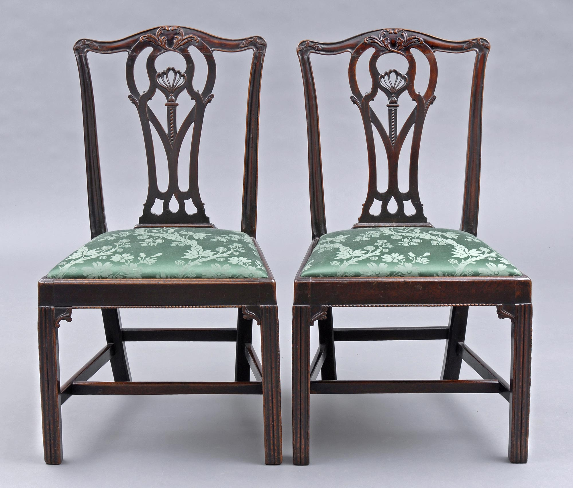 Pair Of English Period Chippendale Mahogany Side Chairs 18th Century