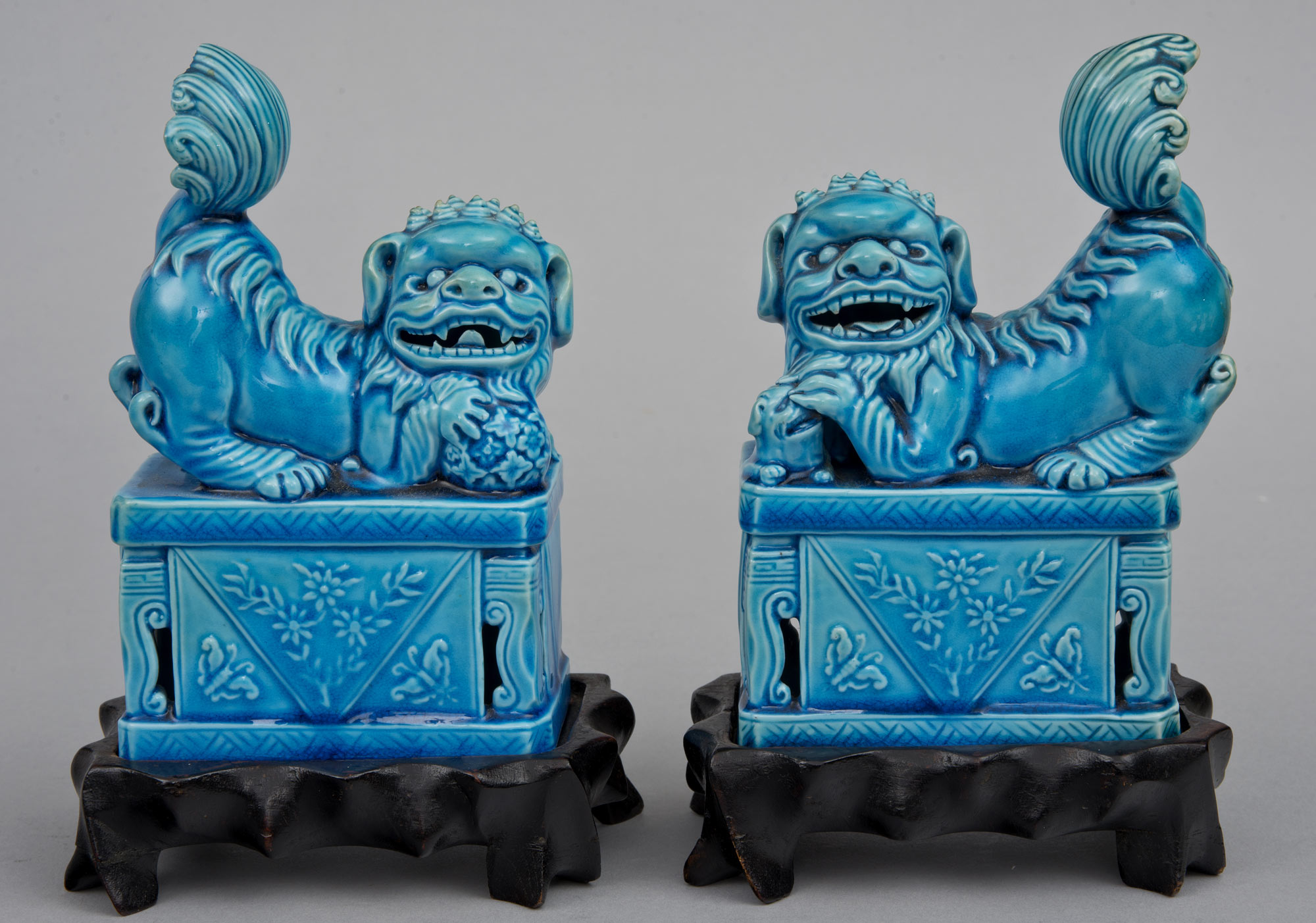 187 Product 187 Chinese Turquoise Foo Dogs On Stands Circa 1900