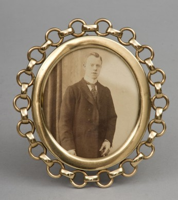 Oval Brass Ring Frame, Circa 1890