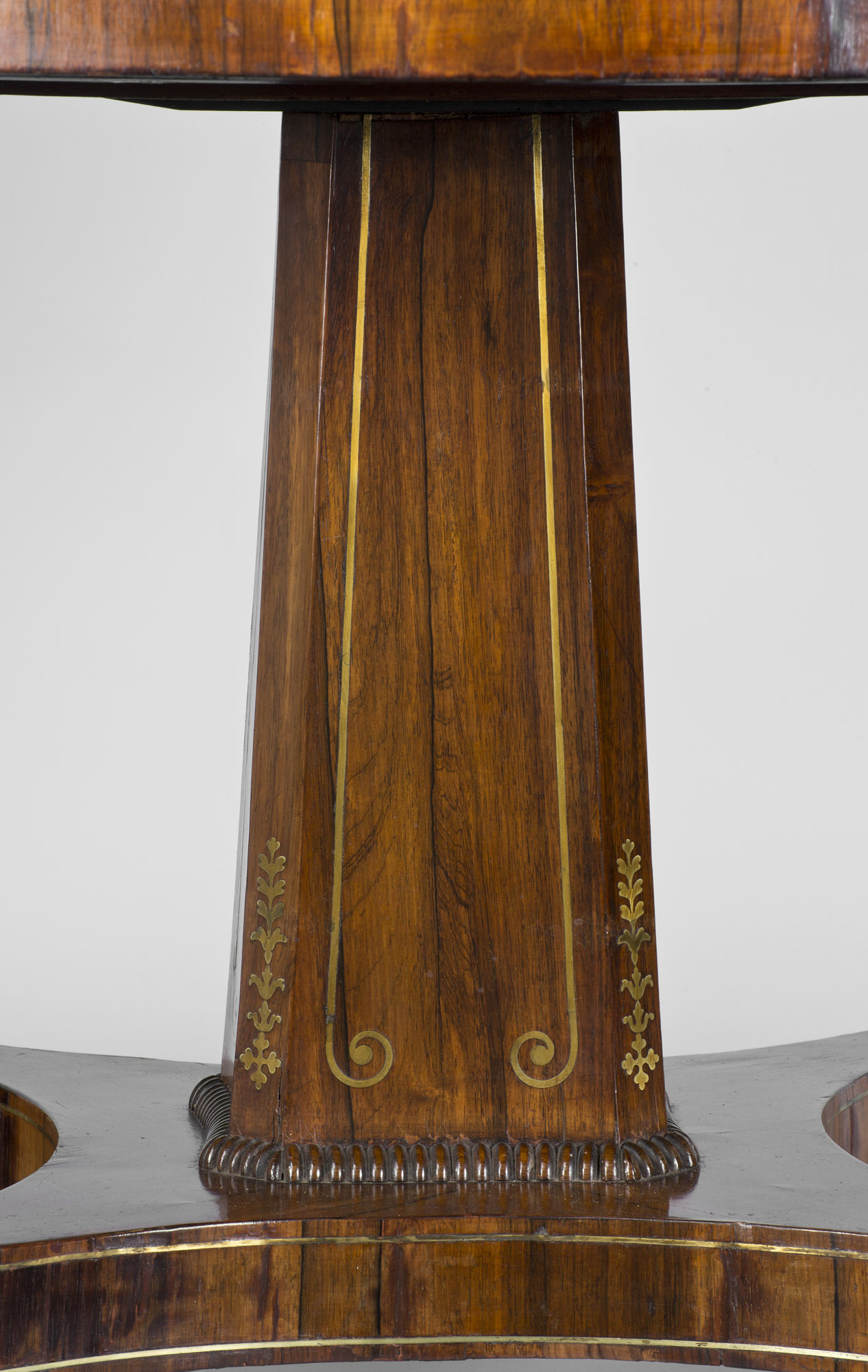 Antique Tables English Regency Rosewood Antique Center Table