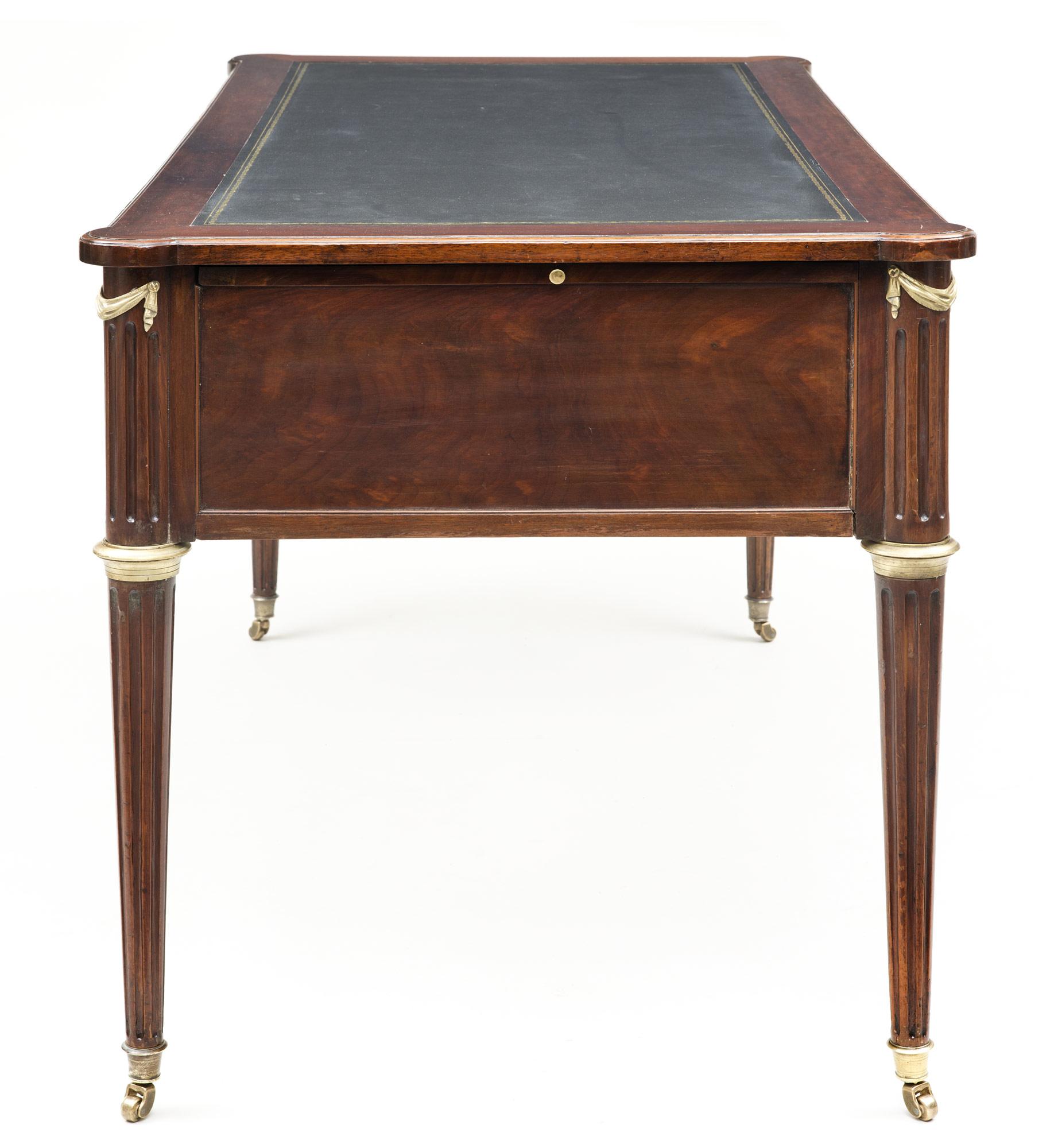 product french louis xvi mahogany bureau plat circa 1790. Black Bedroom Furniture Sets. Home Design Ideas