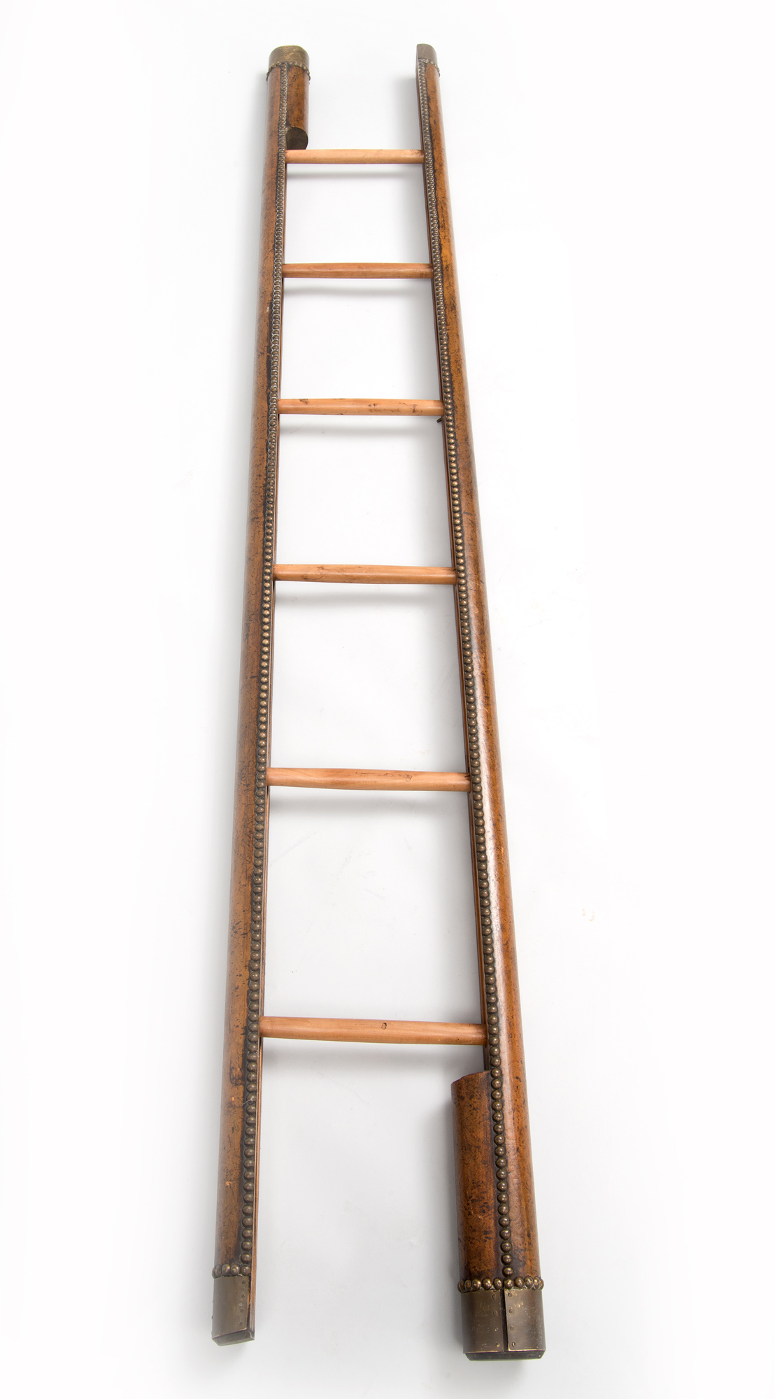 187 Product 187 Antique Pole Ladder