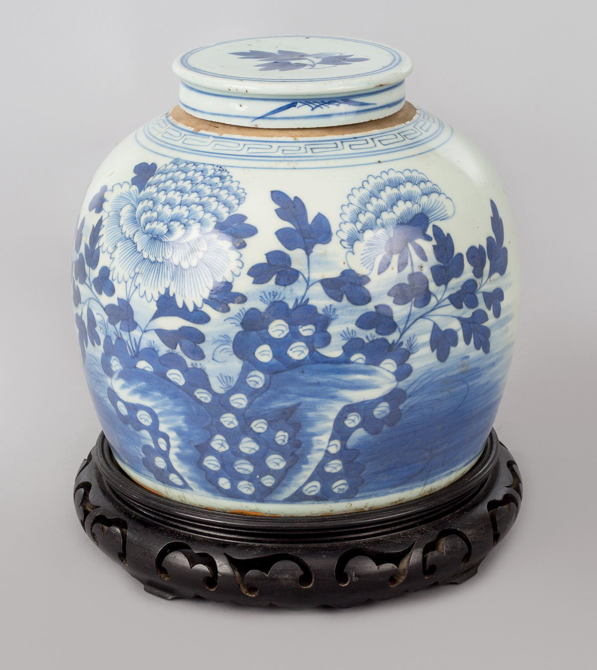 Chinese blue and white porcelain squat vase chinese canton blue and white squat vase reviewsmspy
