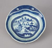 Chinese Export Porcelain Shrimp Dish