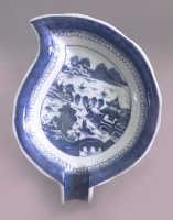 Chinese Export Canton Blue and White Leaf Dish