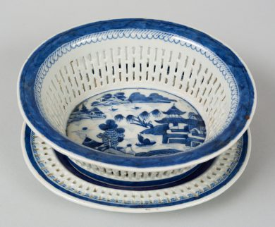 Chinese Export Fruit Basket and Stand, Circa 1835