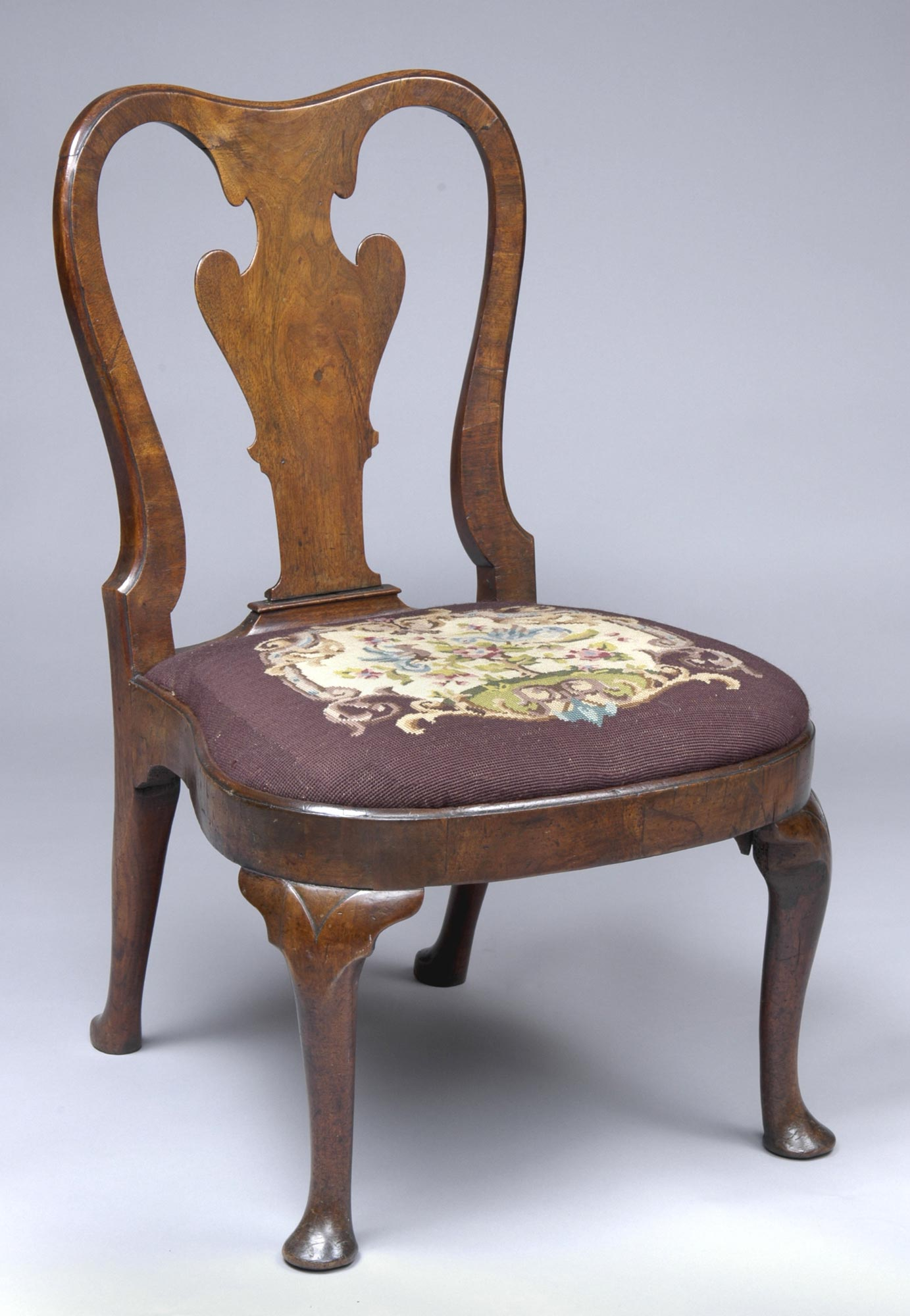 Attractive English Walnut Antique Side Chairs | Queen Anne Walnut Side Chair LY64
