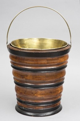 Dutch Peat Bucket or Wine Cooler