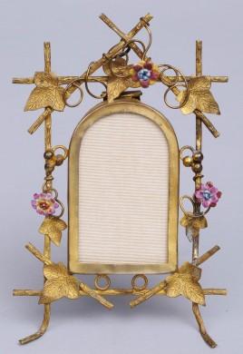 French Trellis Frame