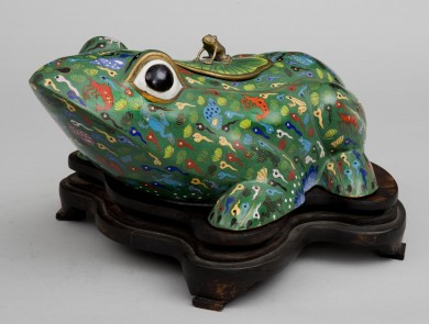 Chinese Cloisonne Frog, Circa 1880