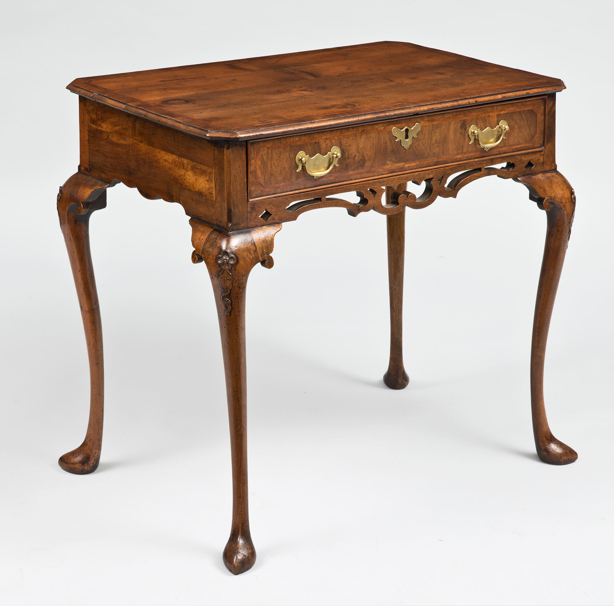 Queen Ann Sidetable.Antique Side Tables Queen Anne Walnut Antique Side Table