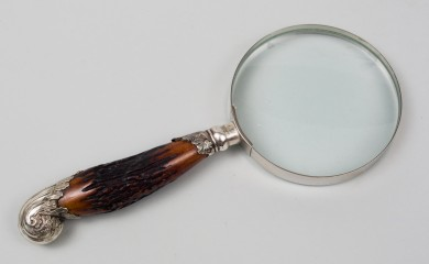 Magnifying Glass with Horn Handle