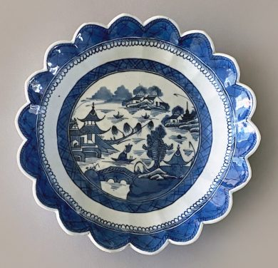 Chinese Export Blue and White Scalloped Bowl