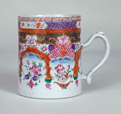 Chinese Export Qianlong Porcelain Mug
